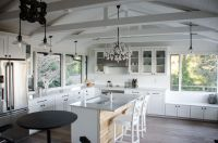 Vaulted Ceilings 101: History, Pros & Cons, and ...