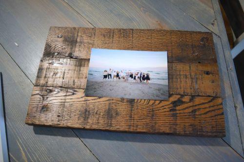 Smothery Diy Frame Diy Rustic Scrap Wood Frames Spotlight Photos Diy Frame Collage Diy Frame Prop