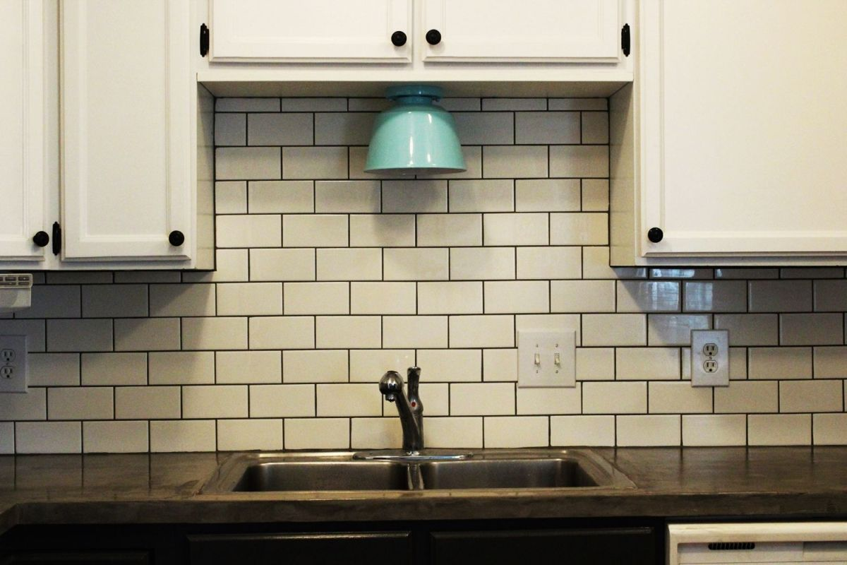 Kitchen Design Subway Tile Backsplash How To Install A Subway Tile Kitchen Backsplash
