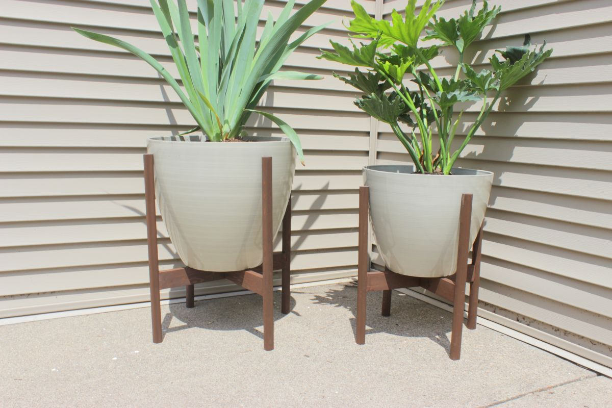Big Plant Stand 12 Diy Plant Stands That Let You Explore Your Creativity