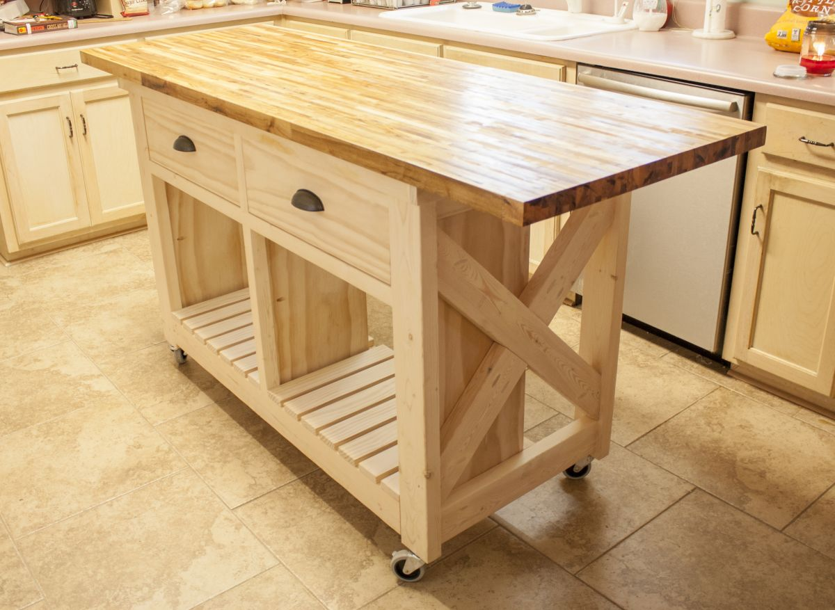 Diy Workbench With Wheels Furniture On Wheels Always Where You Need It In No Time