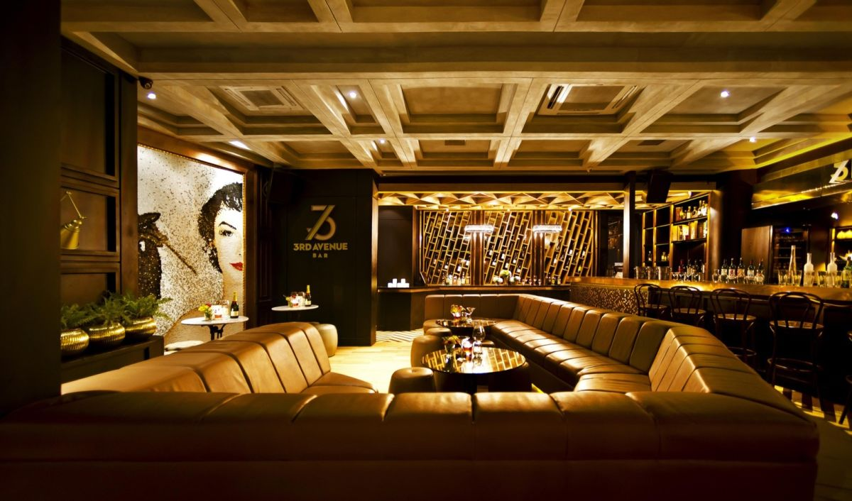A Classy Whiskey Bar With Skyline Views Of Jakarta - Lounge Design Layout