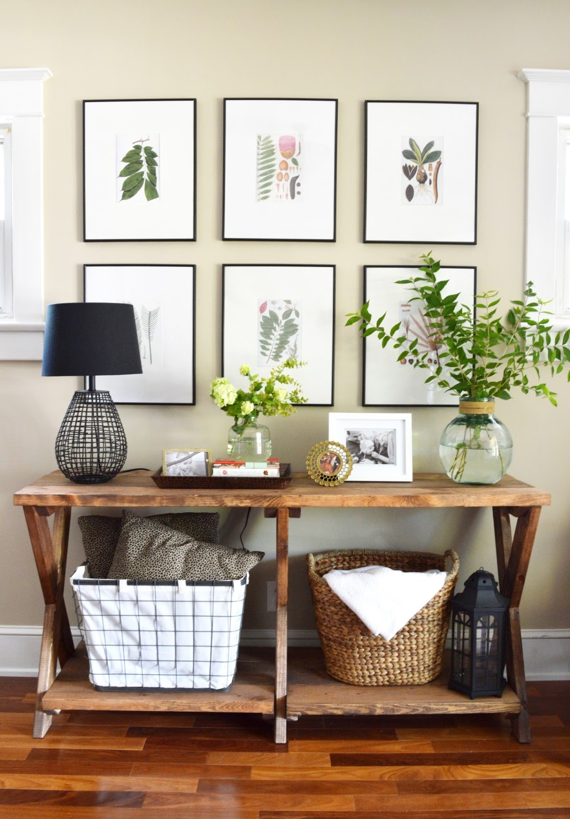 Entrance Table 11 Tips For Styling Your Entryway Table