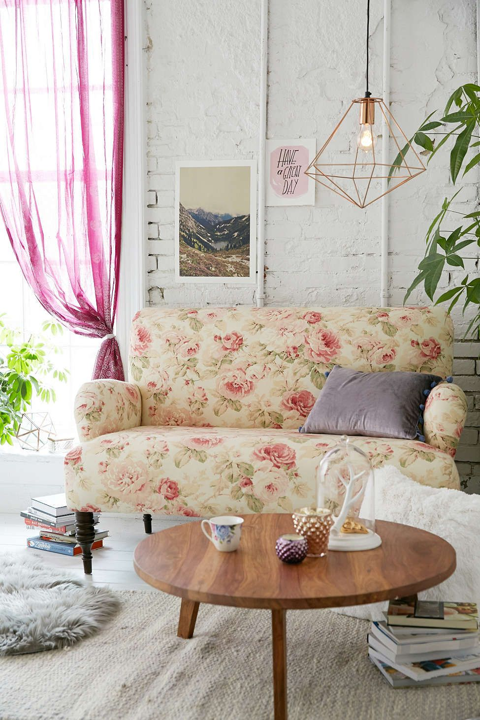 Couch Shabby Chic Best Furniture For A Shabby Chic Living Room
