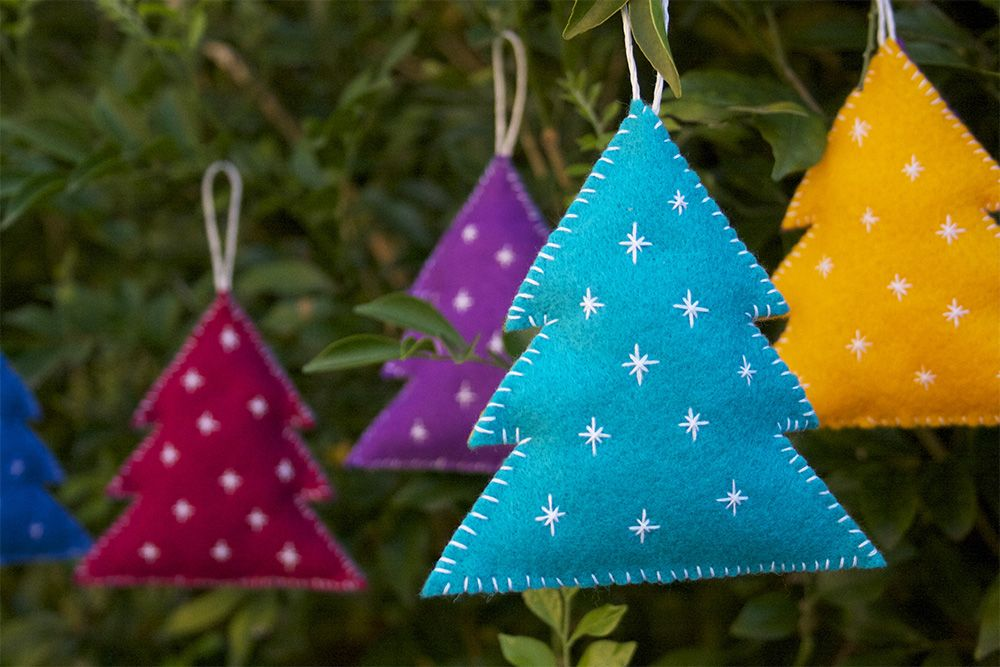 Cute And Cuddly Felt Christmas Trees And Other Ornaments - felt christmas decorations
