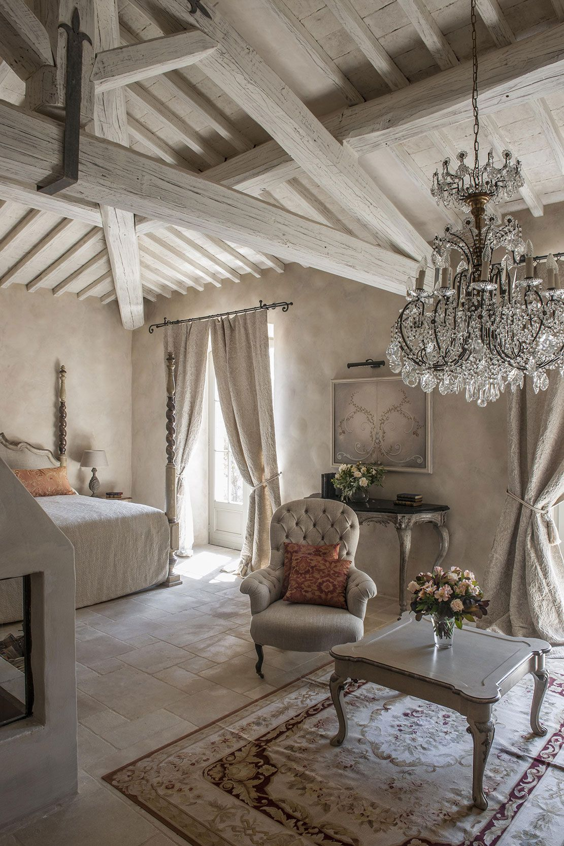 Tips To Decorate French Country Style Homes