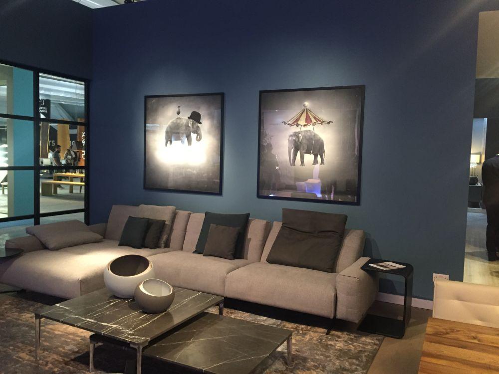 Framed Art In Interior Decor - Fresh Tips And Ideas - framed wall art for living room