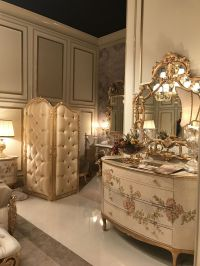 Details Make the Difference in Baroque, Rococo Style Furniture