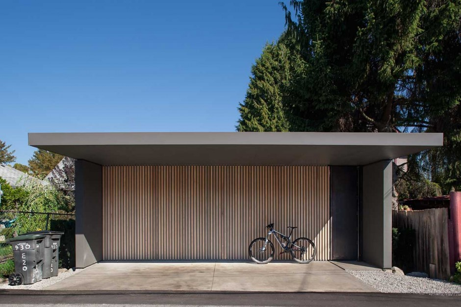 45 Car Garage Concepts That Are More Than Just Parking Spaces - Garage Moderne