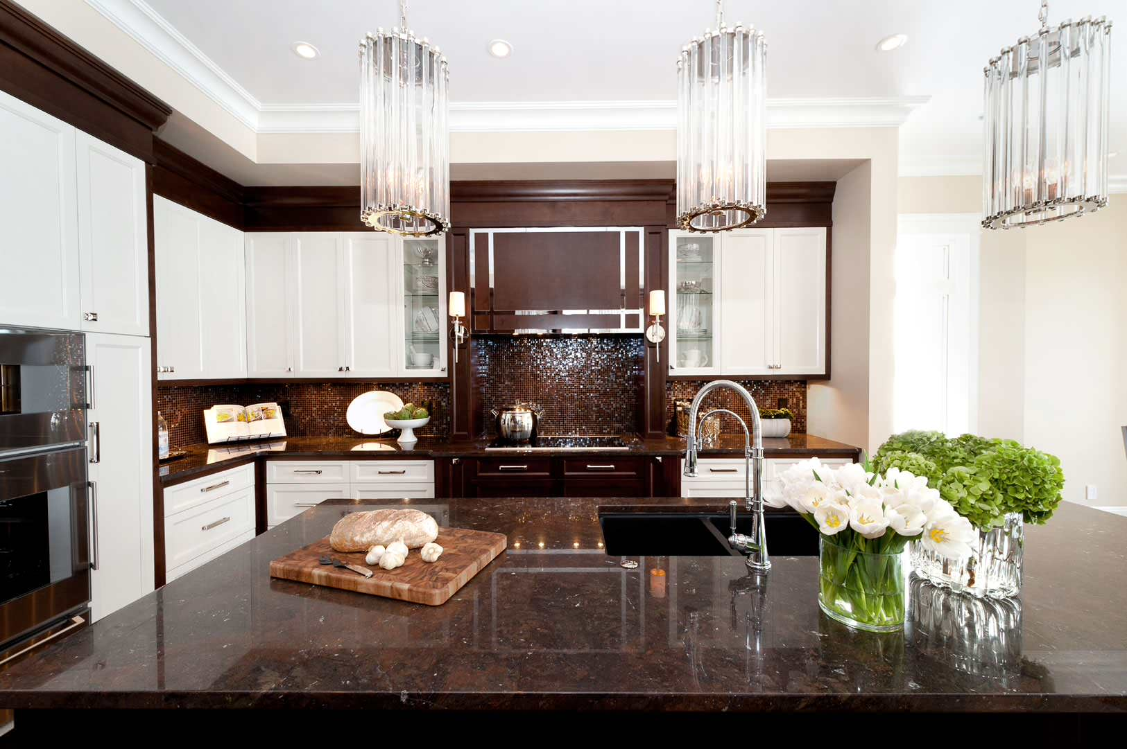 Brown And White Kitchen Cabinets 100 Beautiful Kitchens To Inspire Your Kitchen Makeover