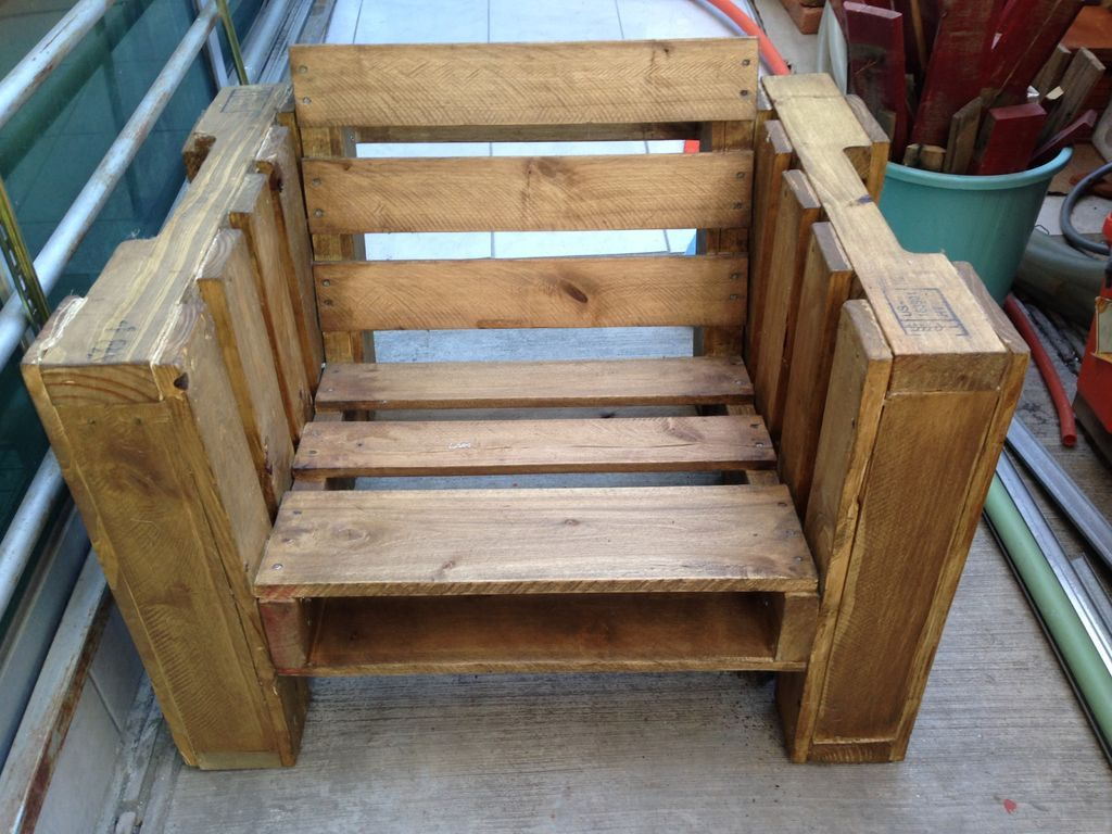 Diy Paletten Sessel Pallet Furniture Plans That Show Us The Fun Part Of Recycling