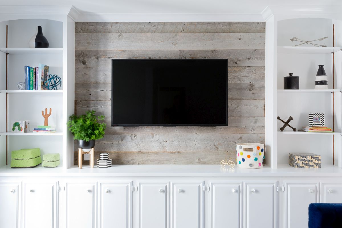Wood Wall Behind Tv 10 Tips For Decorating Around Your Mounted Tv