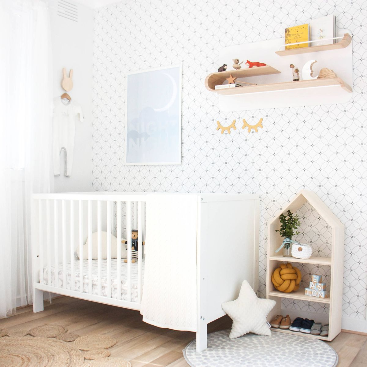 Wandtapete Kinderzimmer 20 Best Patterns For Nursery Wallpaper