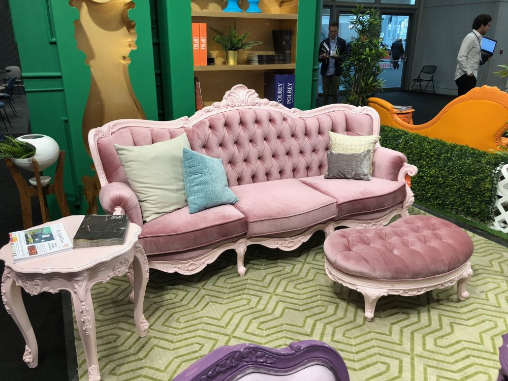 Cosmopolitan Tufted Sofa ...