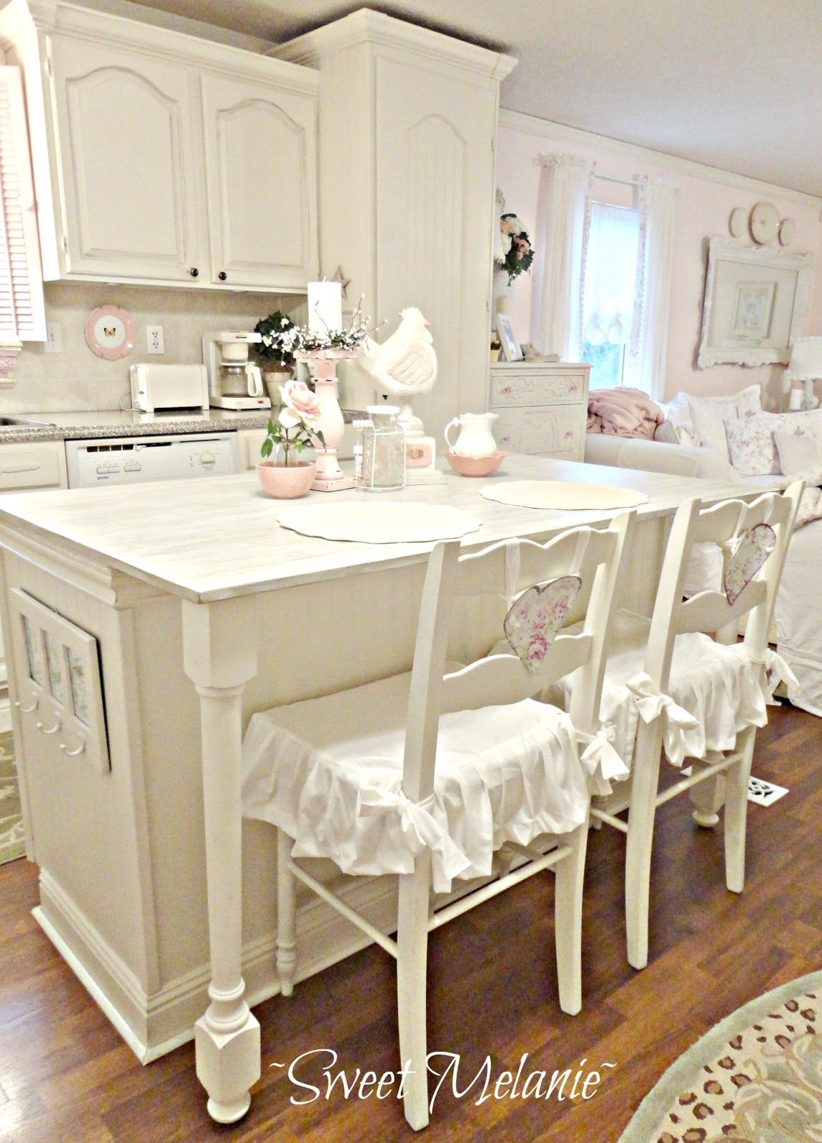 Kleiderschränke Shabby Chic How To Design A Shabby Chic Kitchen With A Subtle Modern Vibe