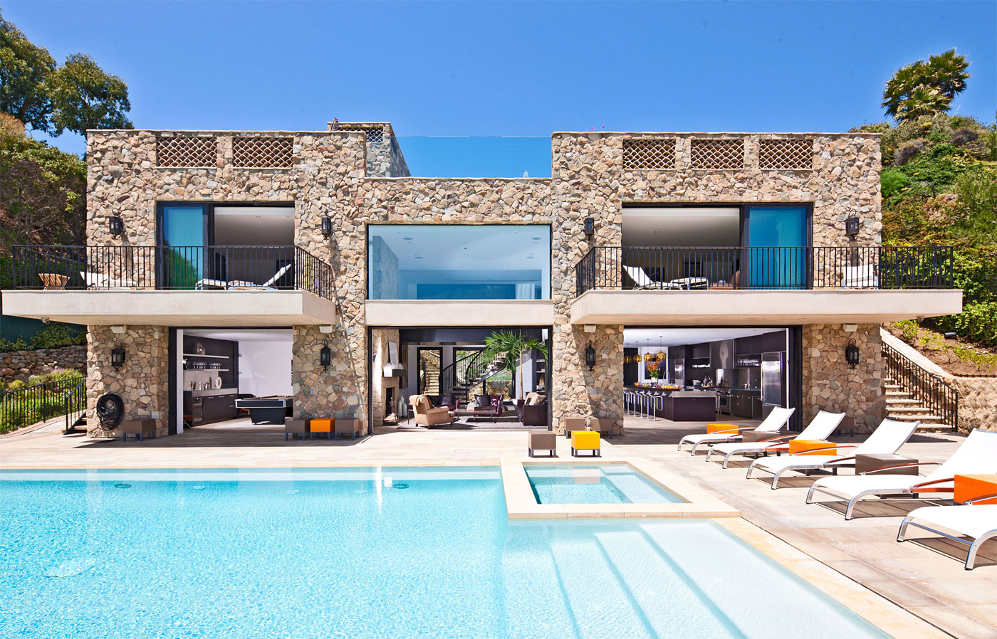 Multi Million Dollar House On Malibu Beach