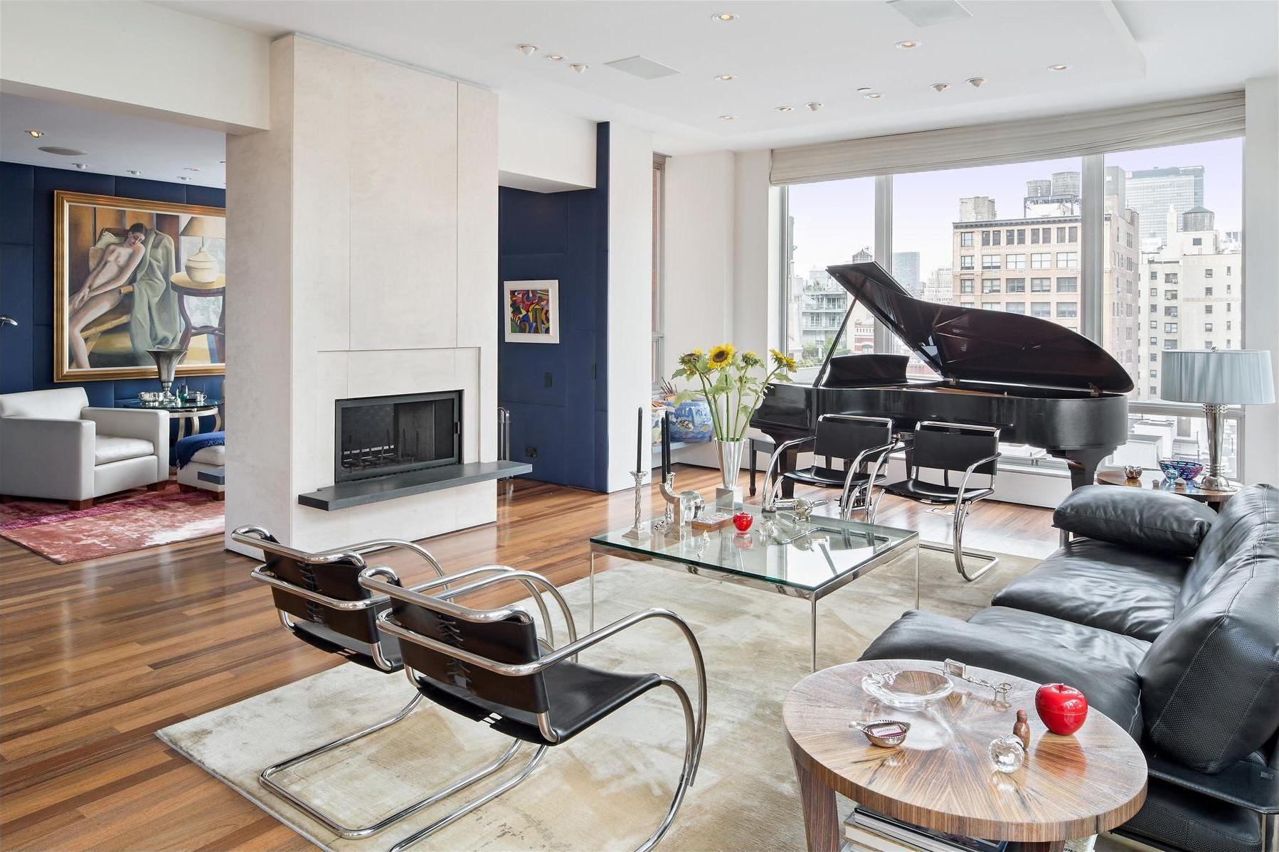 Braune Couch Duplex Penthouse In The Heart Of Chelsea, Manhattan