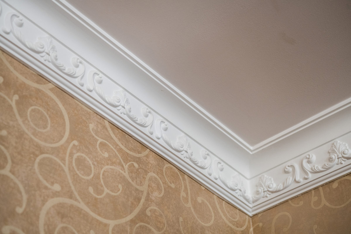 Crown Molding Cost 2019 Crown Molding Costs Per Foot Prices Cost To Install