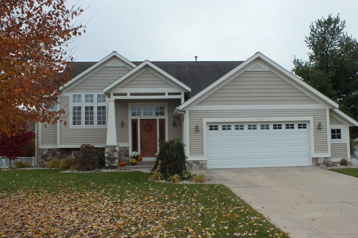 Garage Sale Zeeland Homes For Sale In Zeeland Mi Homes