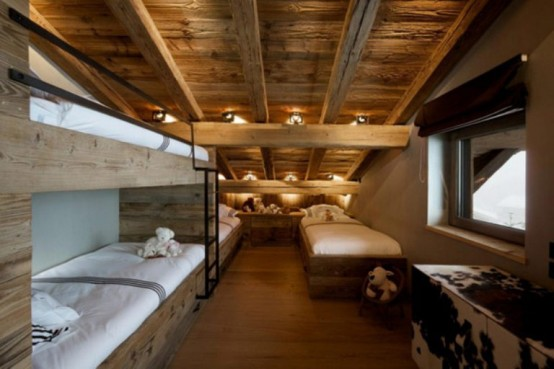 Wohnzimmer Lampe Dachschräge Rustic Chalet Of Natural Wood In Megeve – French Alps By