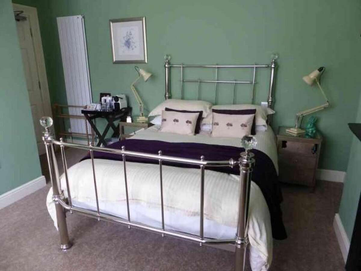 House Bed Frame Uk Our Gallery Lynwood House Bed And Breakfast In Cambridge