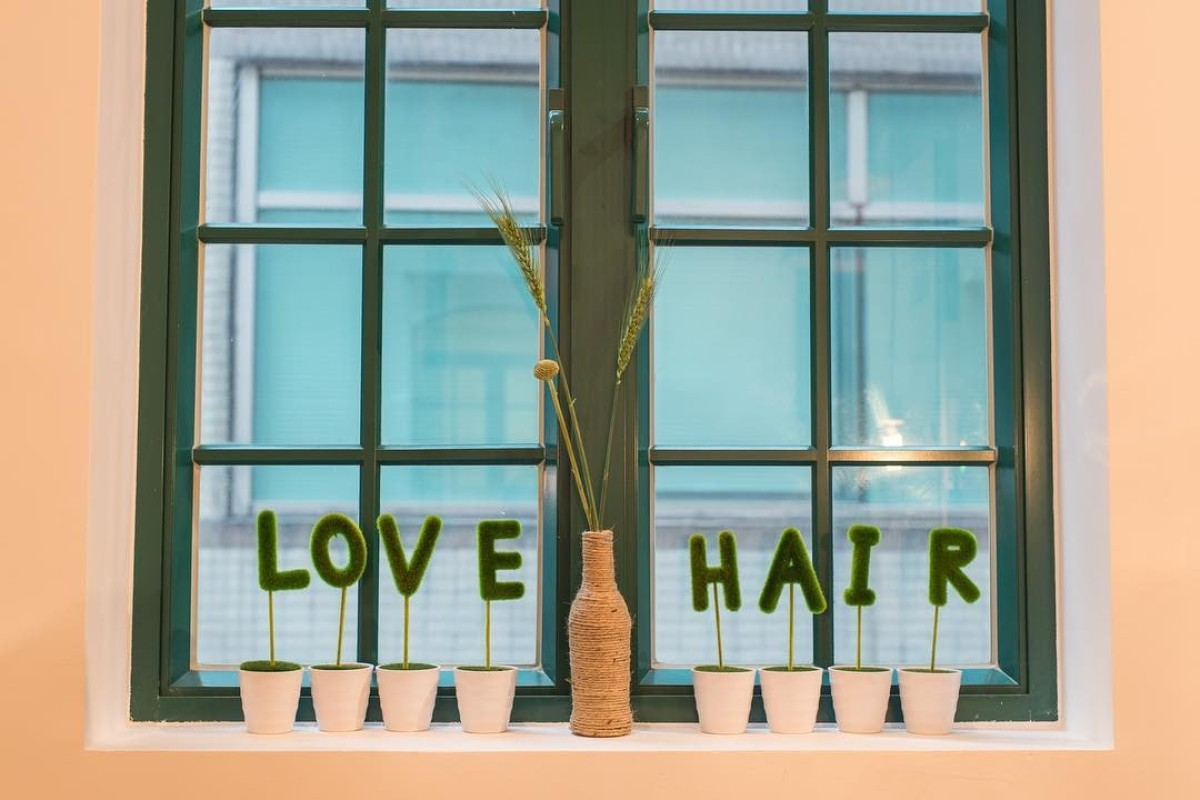 Salon De Massage 93 We Review Love Hair What S It Like To Have A Colour And Treatment