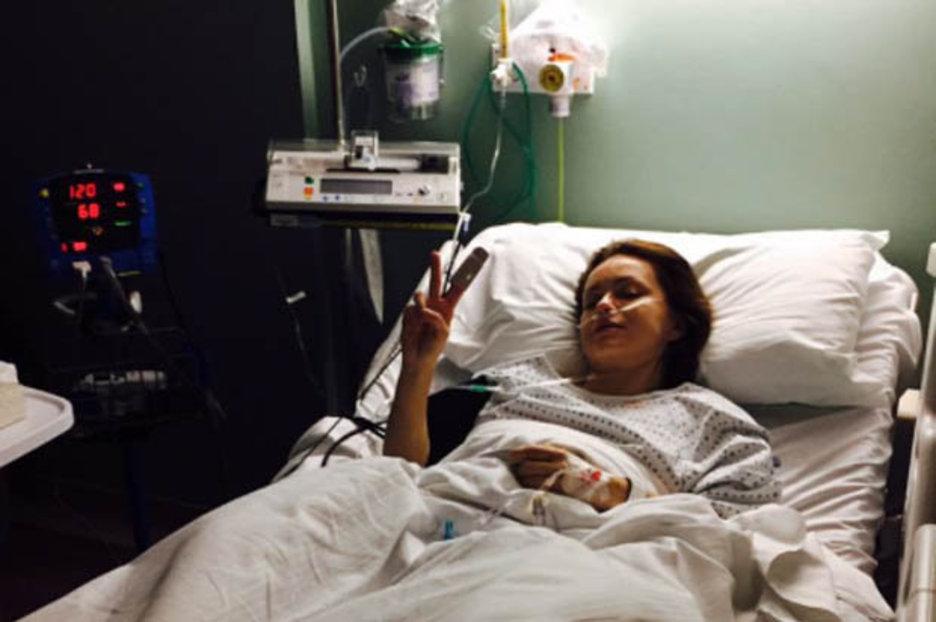 Ola Jordan Hospital Selfie After Knee Operations