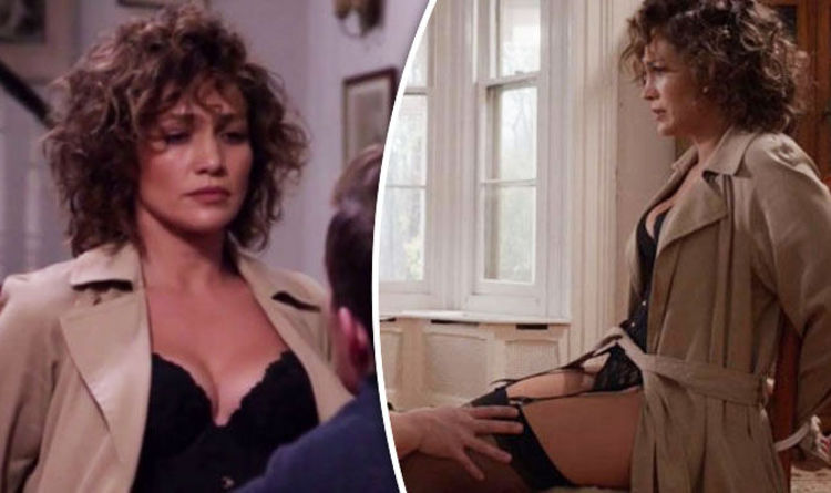 Jennifer Lopez Flaunts Cleavage In Sexy Corset In Shades
