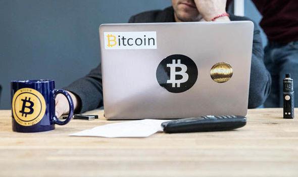 Bitcoin price LIVE BTC falls to $9k - Warren Buffett, Bill Gates
