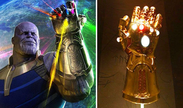 Cheap 3d Wallpaper Uk Avengers Infinity War There Are Two Infinity Gauntlets