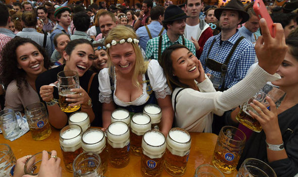 Glass Wallpaper Hd Oktoberfest In Lockdown Six Million Attend Despite Terror