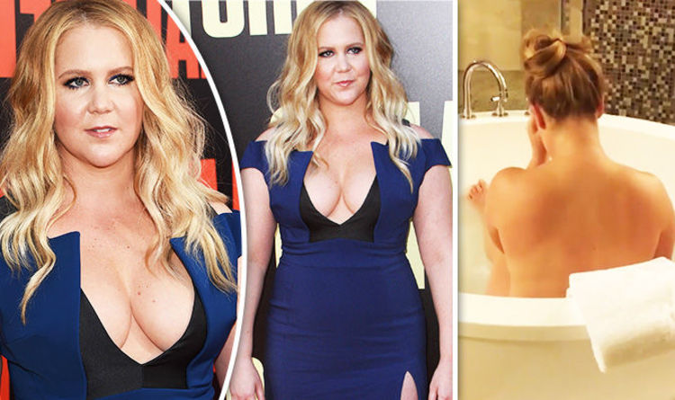 Amy Schumer Flaunts Jaw Dropping Cleavage In Skintight