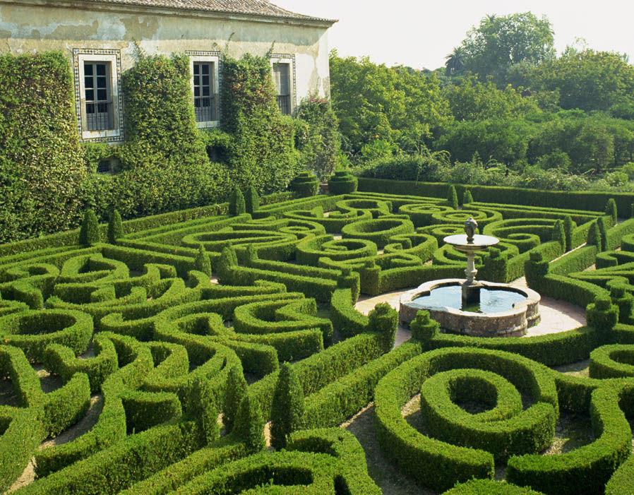 Garden maze water fountain Amazing mazes around the world - labyrinth garden design