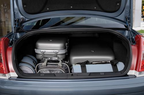 citroen-c4-sedan-06.jpg