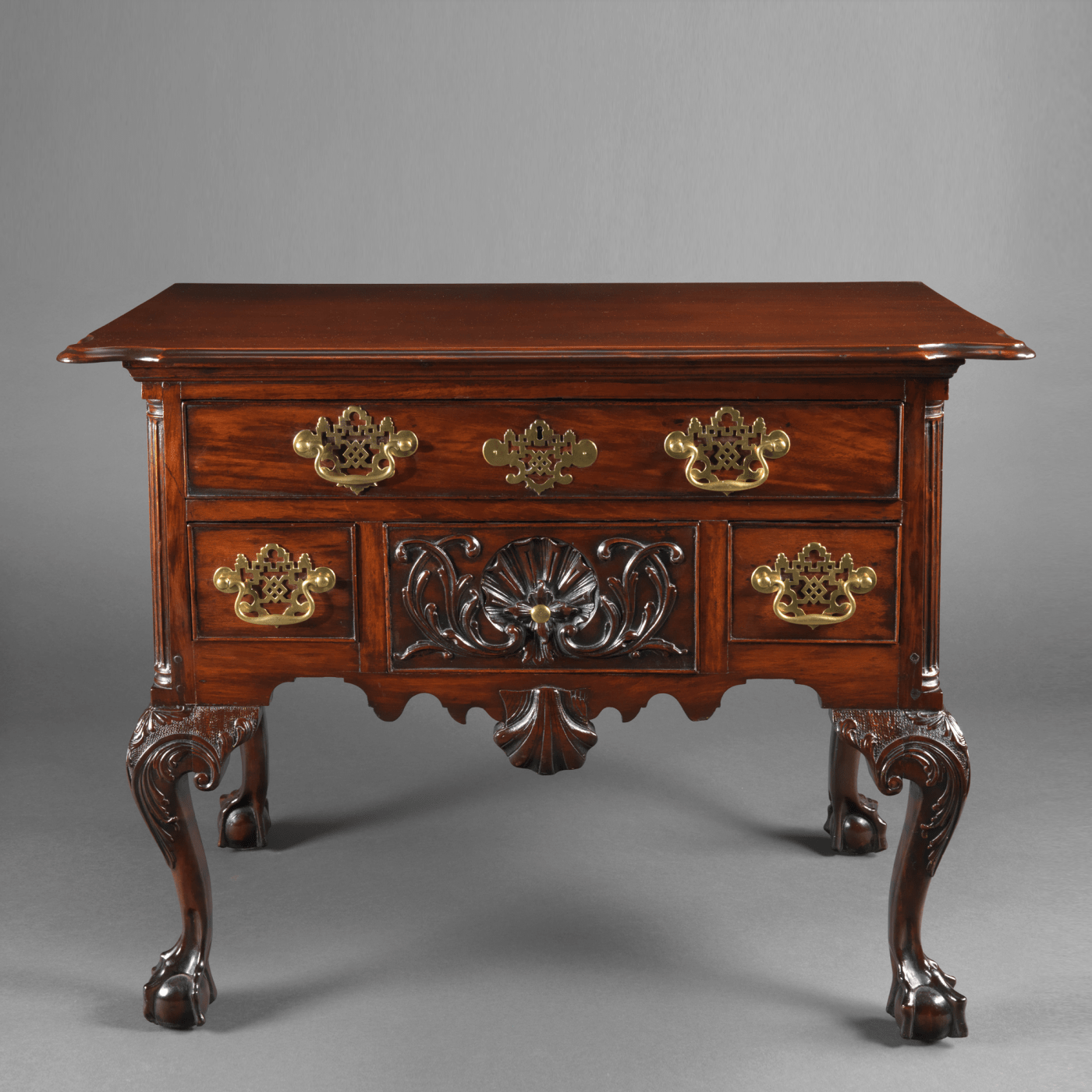 Lowboy Furniture An Important Chippendale Lowboy With A Carved Shell