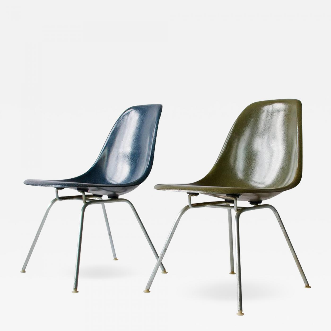 Eames Chair Base Charles Ray Eames Pair Of Charles Eames Shell Chairs With Lounge Base