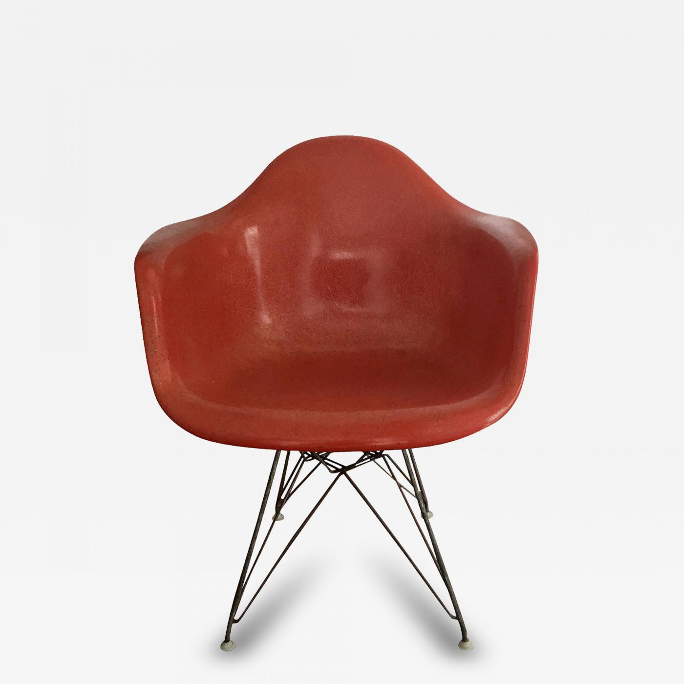 Eames Chair Dar Charles And Ray Eames Early Fiberglass Shell Dar Chair By Charles Eames For Herman Miller