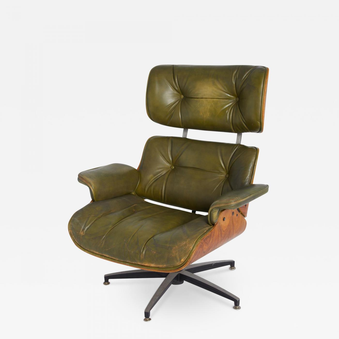 Charles Eames Lounge Chair Charles & Ray Eames - Early Model 670 Green Leather Lounge Chair