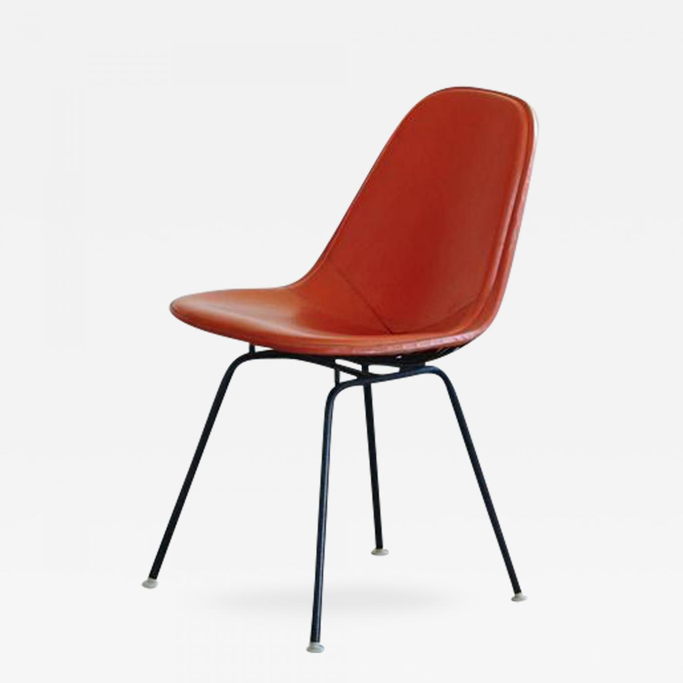 Eames Stuhl Original Charles And Ray Eames Original Eames Dkx 1 Side Chair In Orange Leather For Herman Miller 1960s