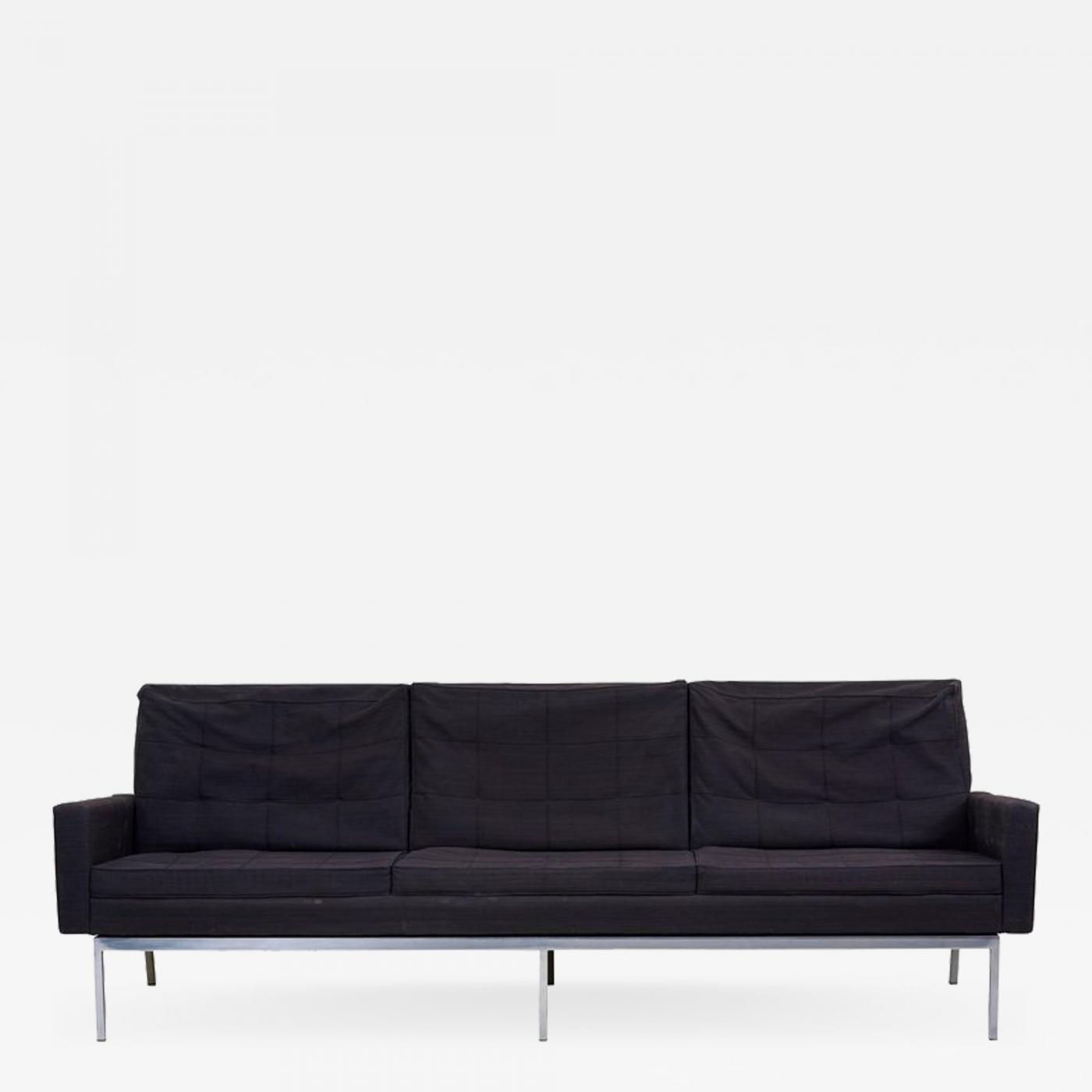 Knoll International Florence Knoll Sofa Model 67a By Florence Knoll For Knoll International In Original Condition