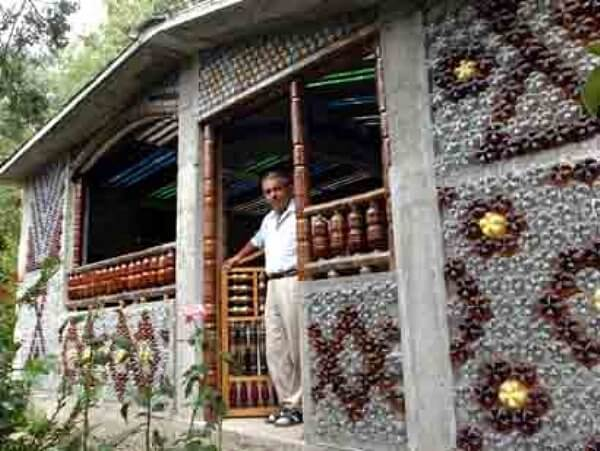 Plastic Bottle Homes And Greenhouses O Insteading