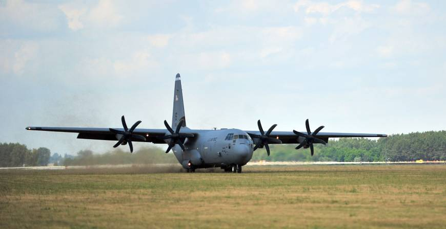 Young stowaway found dead in US Air Force cargo plane The Japan