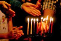 Quick and Easy Guide to Lighting the Menorah | JewishBoston