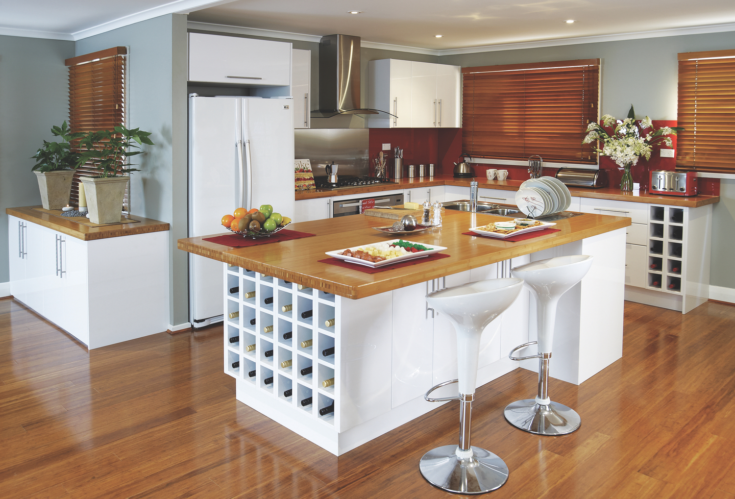 Bunnings Kitchens Flat Packs Kitchen Gallery The Practical Entertainer Kaboodle Kitchen