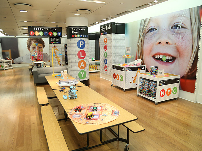 Kidscreen Archive Toys R Us Rebrands To Focus On
