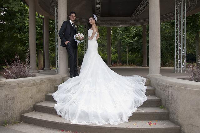wedding-1417512_640