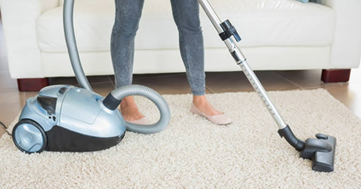 17 Top Cleaning Tips From Housekeepers - Care