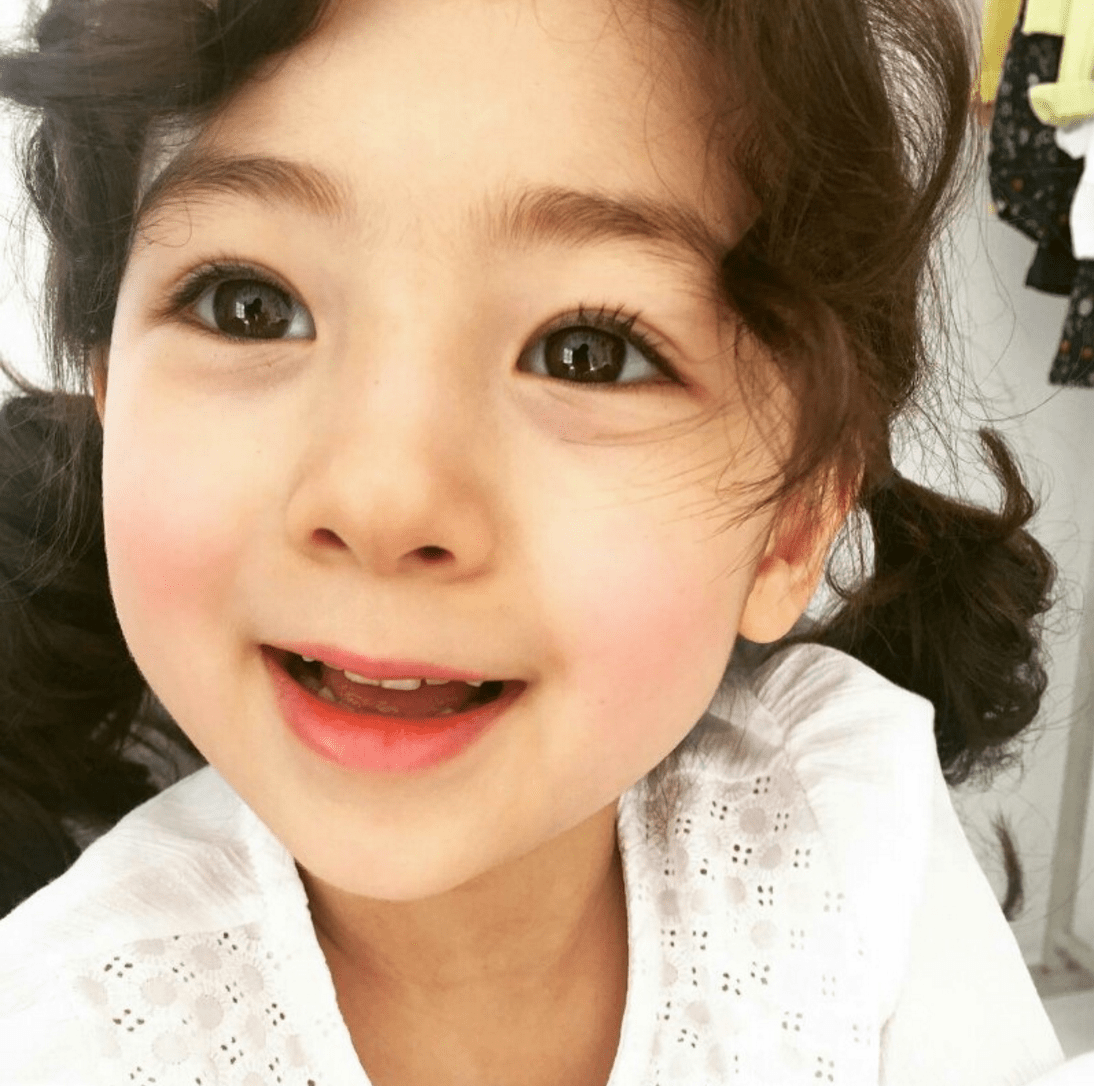 Cute Ulzzang Wallpaper This Baby Is Going Viral In Korea For Being The Prettiest