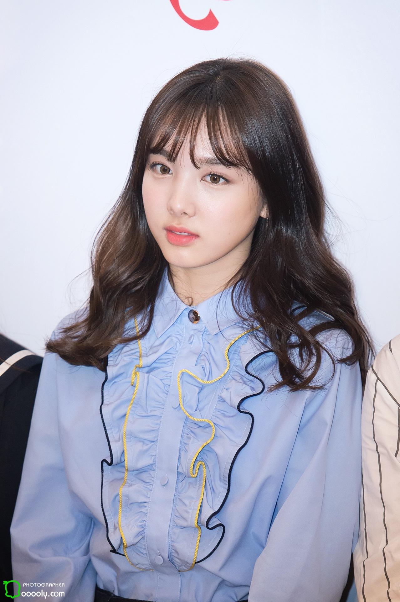 Taeyeon Cute Wallpaper 10 Times Twice Nayeon S Fashion Was On Point Koreaboo