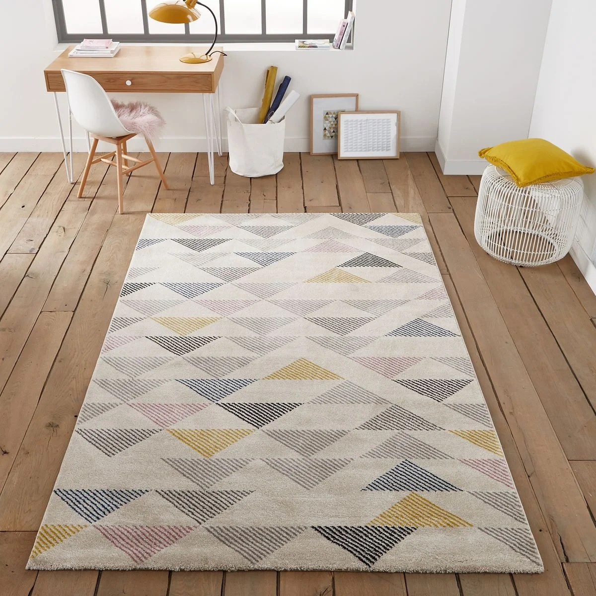 Meuble Informatique But Tapis Triangles, Jursic Multicolore La Redoute Interieurs